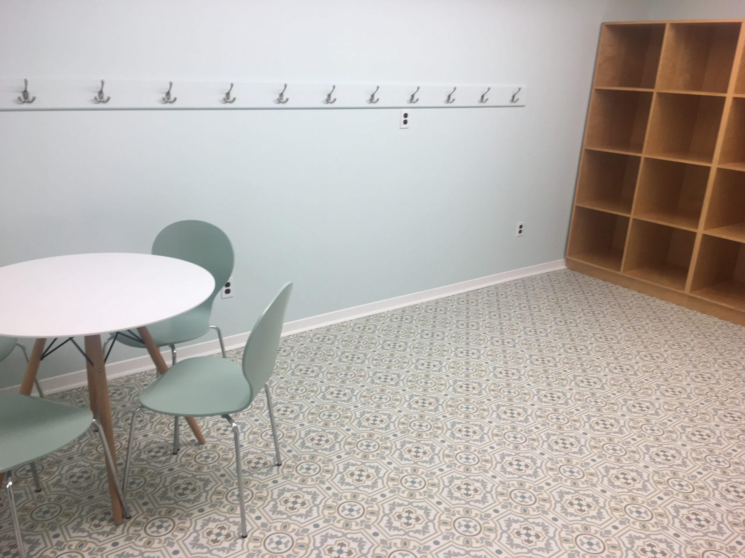 table and chairs and wooden cubbies