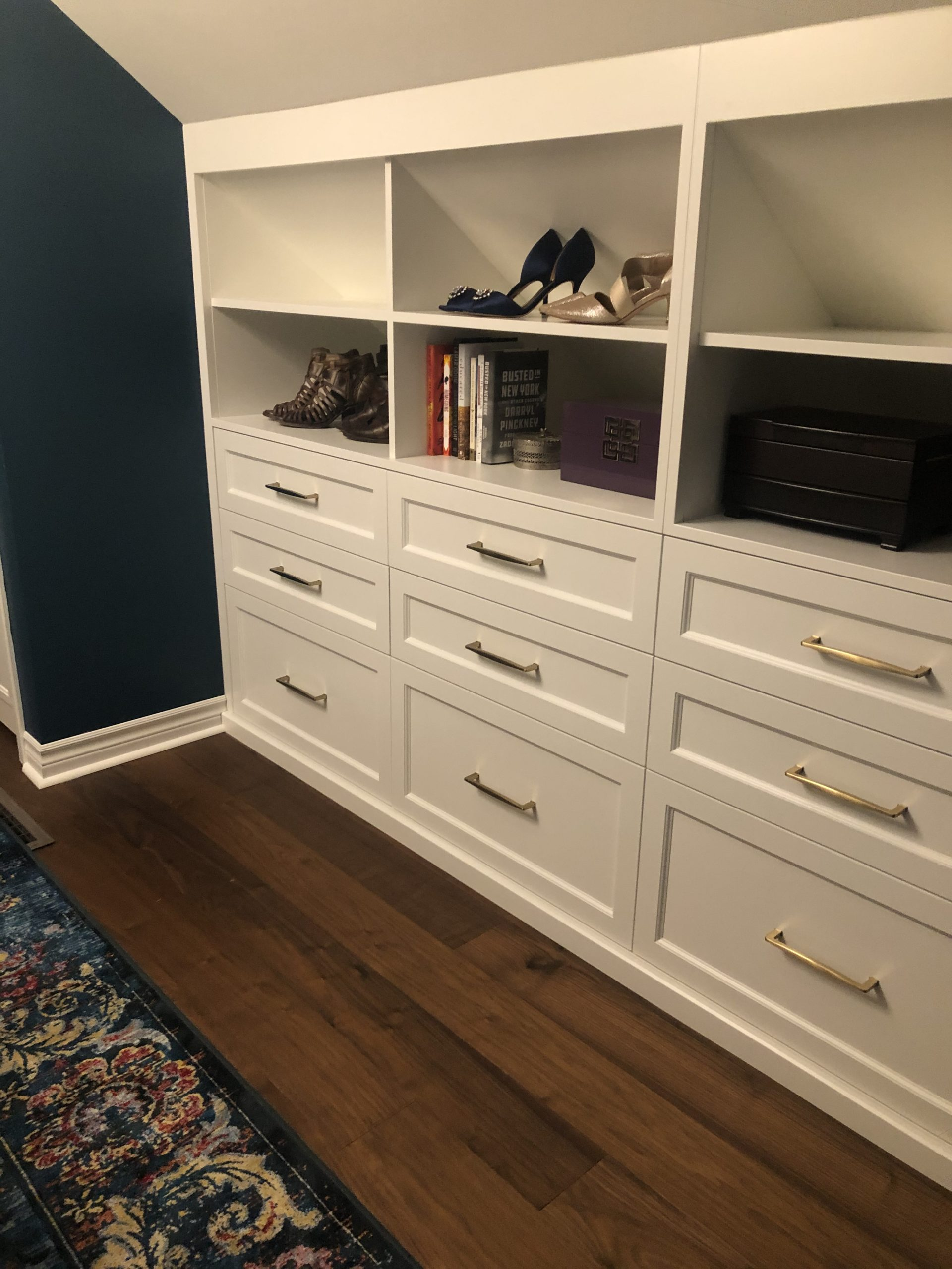 closer look at built in shelving with stylizing